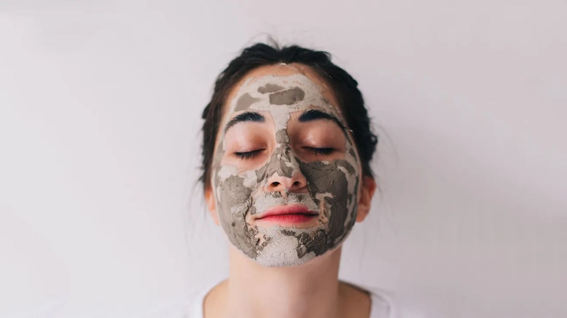 Face Mask Before Or After Shower Mud Mask Sheet Mask And More