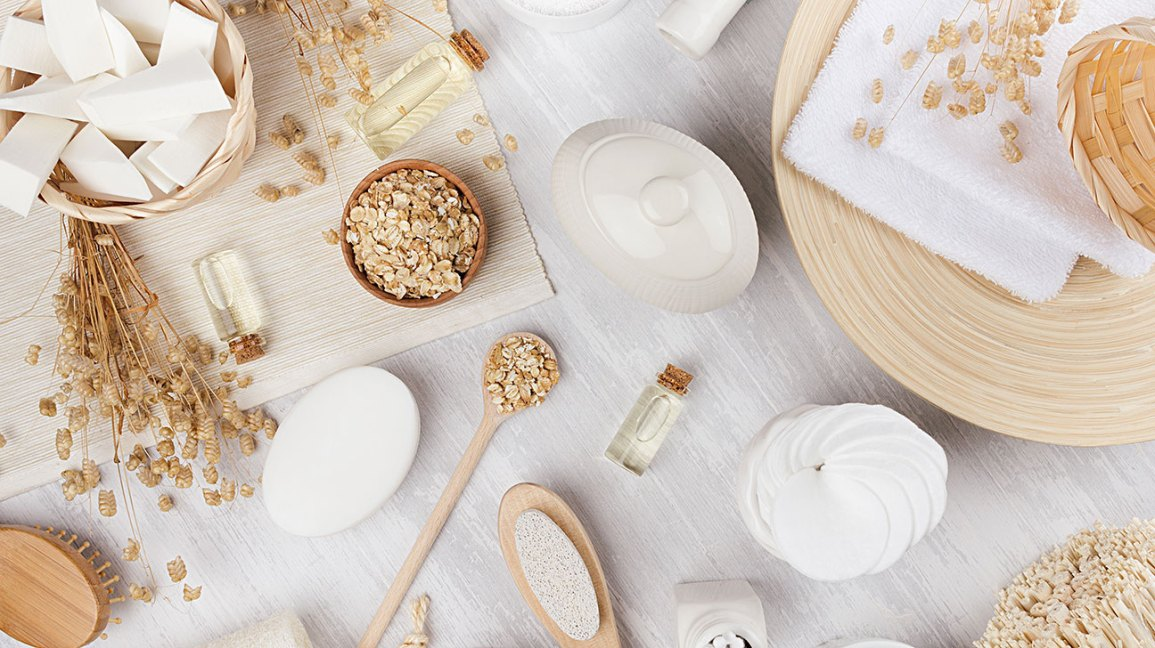 Oatmeal Baths: A Skin-Soothing Home Remedy