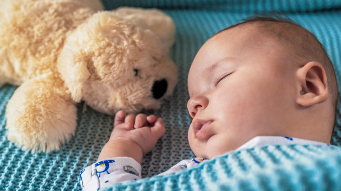 Flat Head Baby (Plagiocephaly): Symptoms, Causes, Treatment