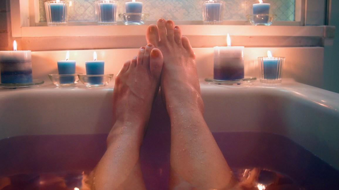 Epsom Salt Bath Weight Loss: Does It Work?