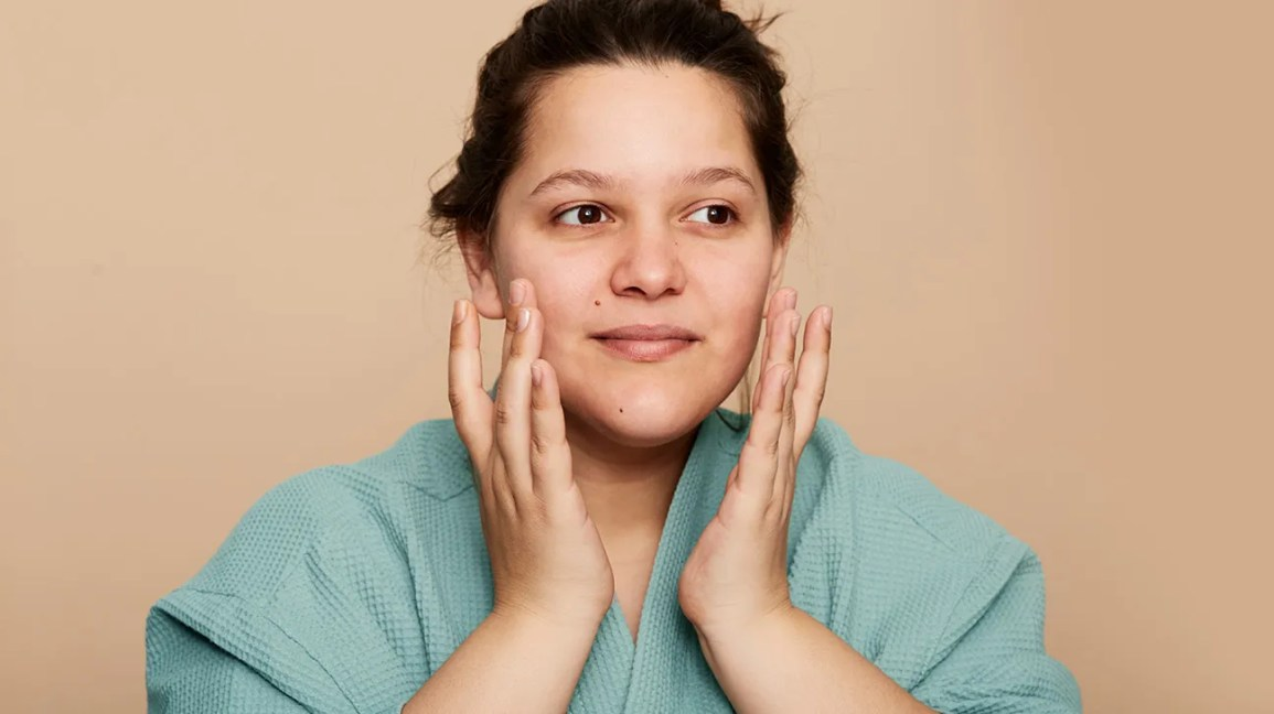 Microcurrent Facial How It Works Professional Vs At Home Costs More
