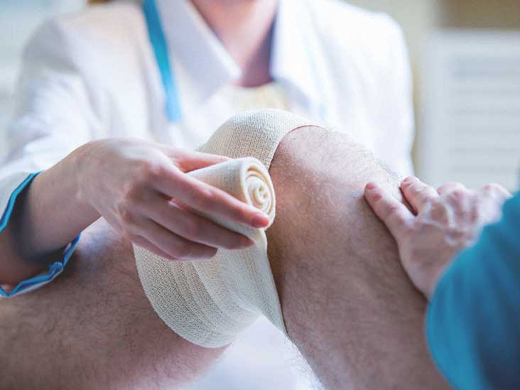 Learn About Knee Replacement Implants, Gender Variations and More