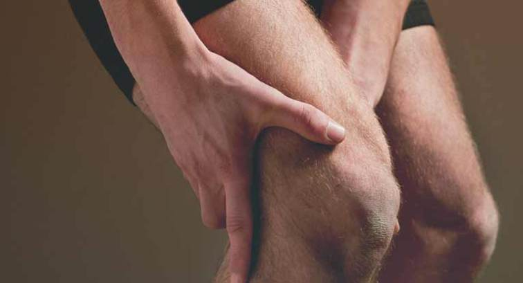 Superficial Thrombophlebitis: Risk Factors, Symptoms, and