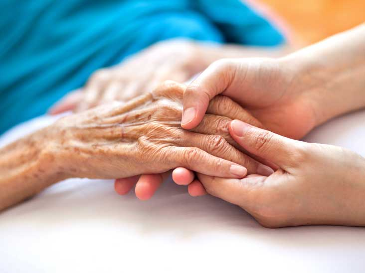 What's the Difference Between Dementia and Alzheimer's Disease?