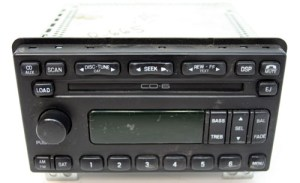 20032005 Ford Expedition Factory AMFM 6 Disc Changer CD