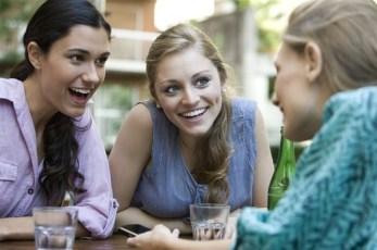 Risultati immagini per parlare con un amico