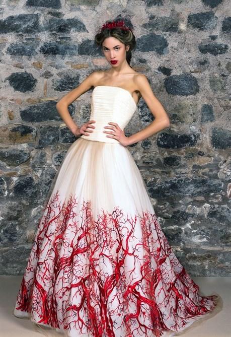 Latelier Marco Strano presenta Qualcosa di rosso la collezione sposa 2015  Styleit