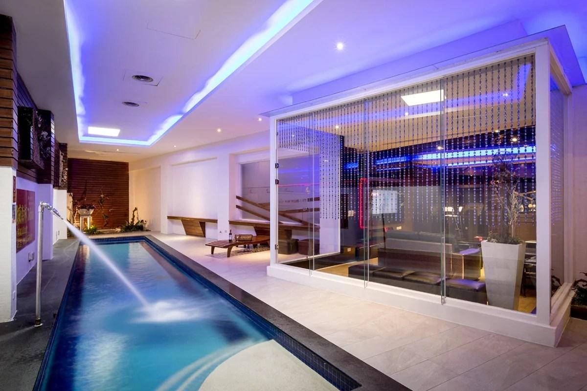 【Motel派對推薦】唱歌+游泳池私人超大空間 全臺這8間CP值超高 | GirlStyle 臺灣女生日常
