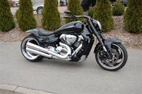 Umgebautes Motorrad Suzuki Intruder M1800R2 von Bike Ranch ...