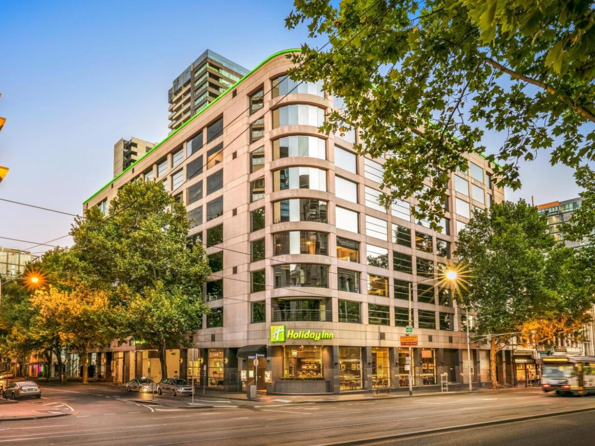The Holiday Inn on Flinders Street is being used as a COVID-19 'hot hotel'
