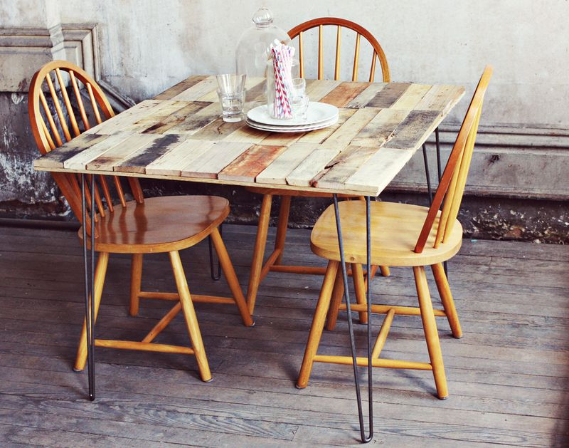 make kitchen table chairs on casters wood pallet diy a beautiful mess wooden your own