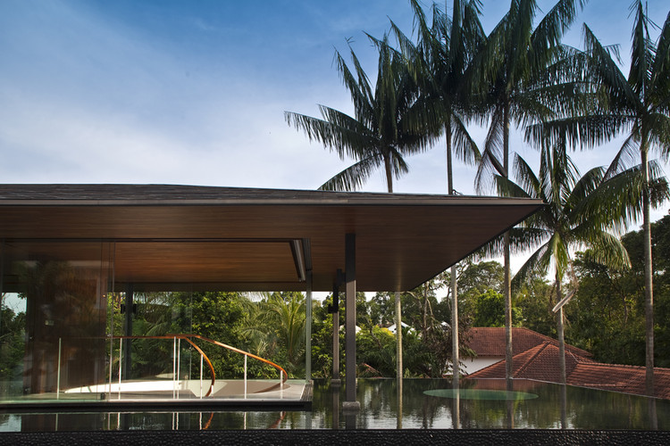 Water Cooled House Wallflower Architecture Design