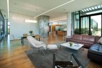 Uptown Penthouse / ALTUS Architecture + Design