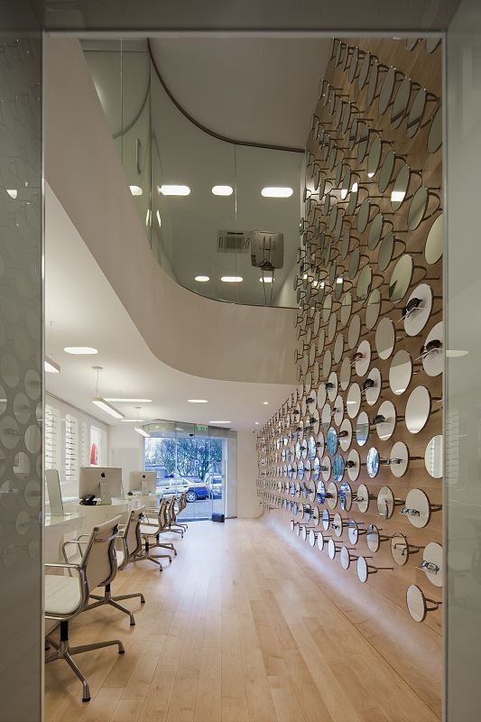 17 Small Optical Shop Design Glass Showcase All About Home