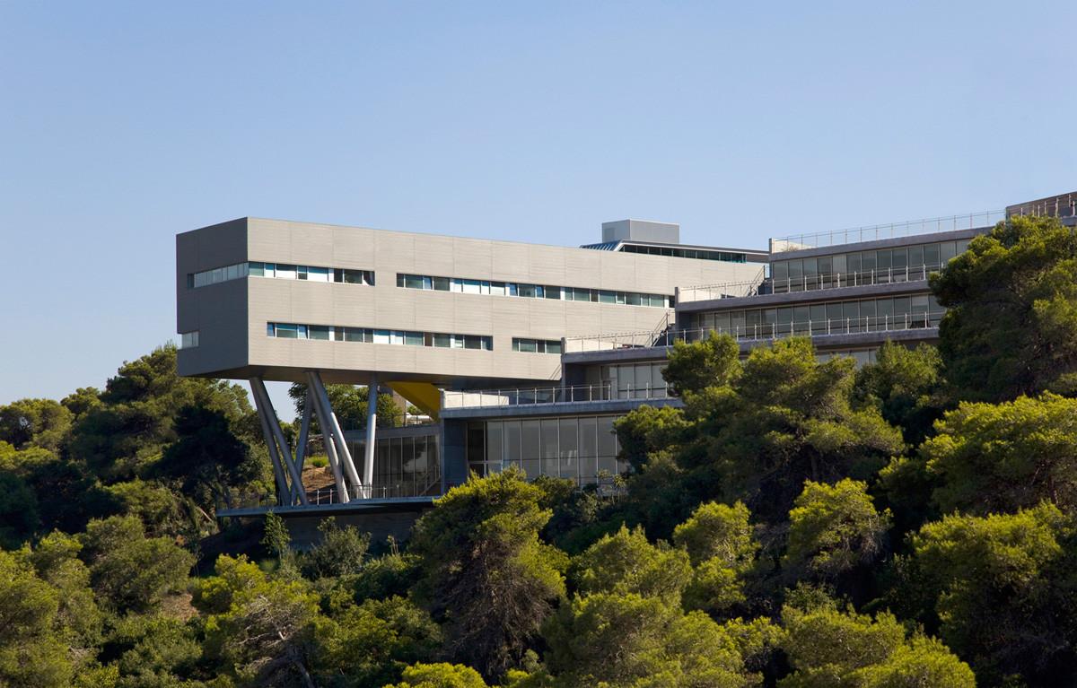 Gallery of Haifa University Student Center / Chyutin Architects - 6