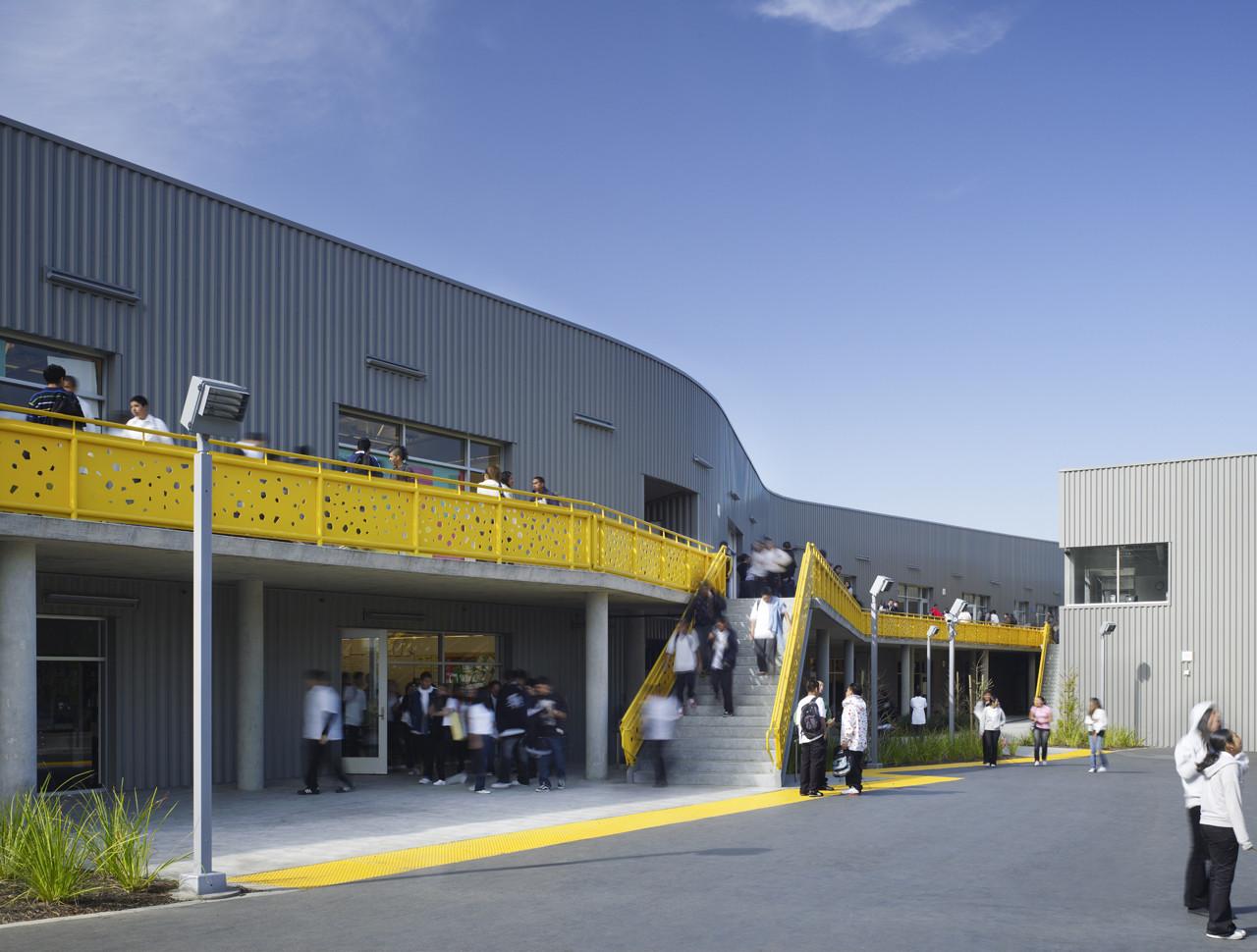 Gallery of Camino Nuevo High School  Daly Genik