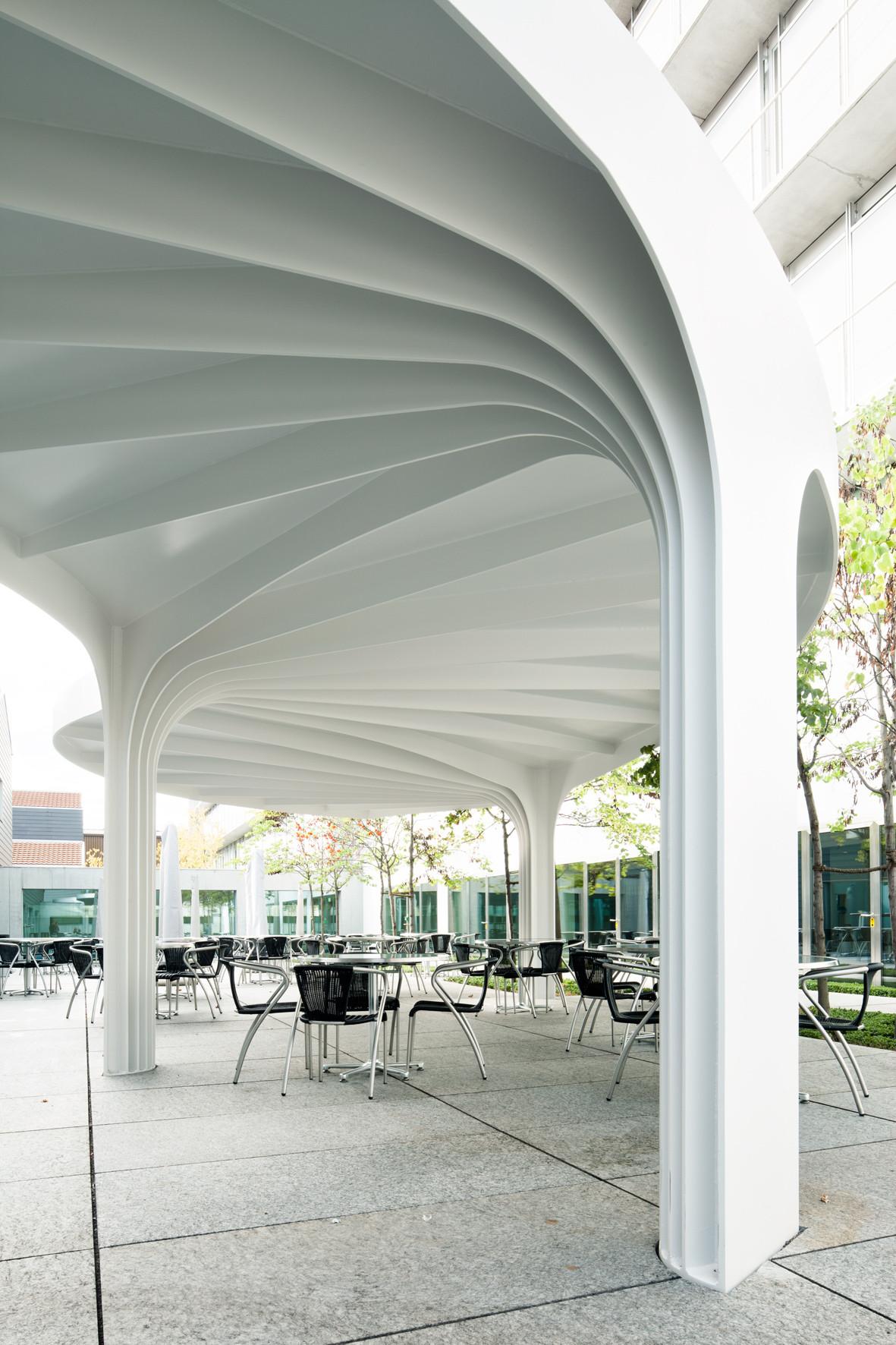 Leaf-structured Canopy Sam Architekten Und