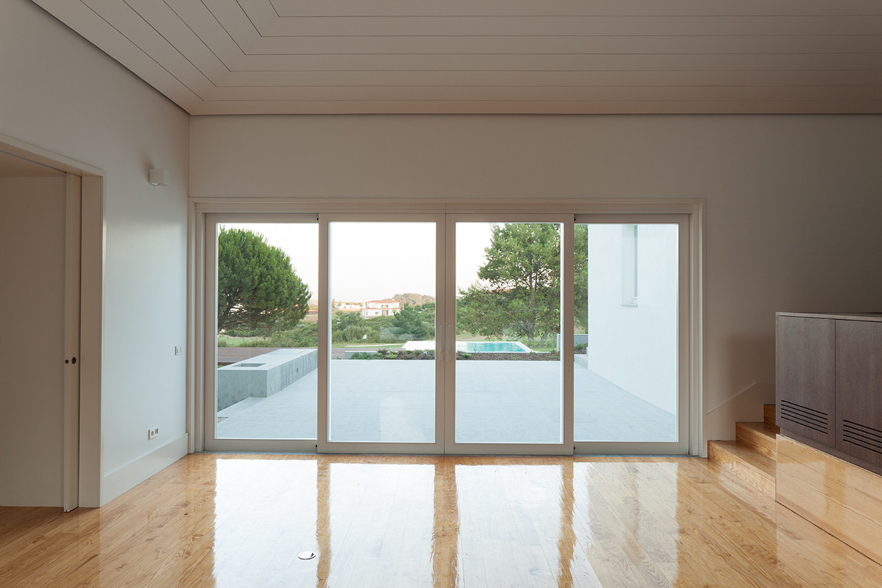 Galeria de House in Belas / CHP Arquitectos - 37