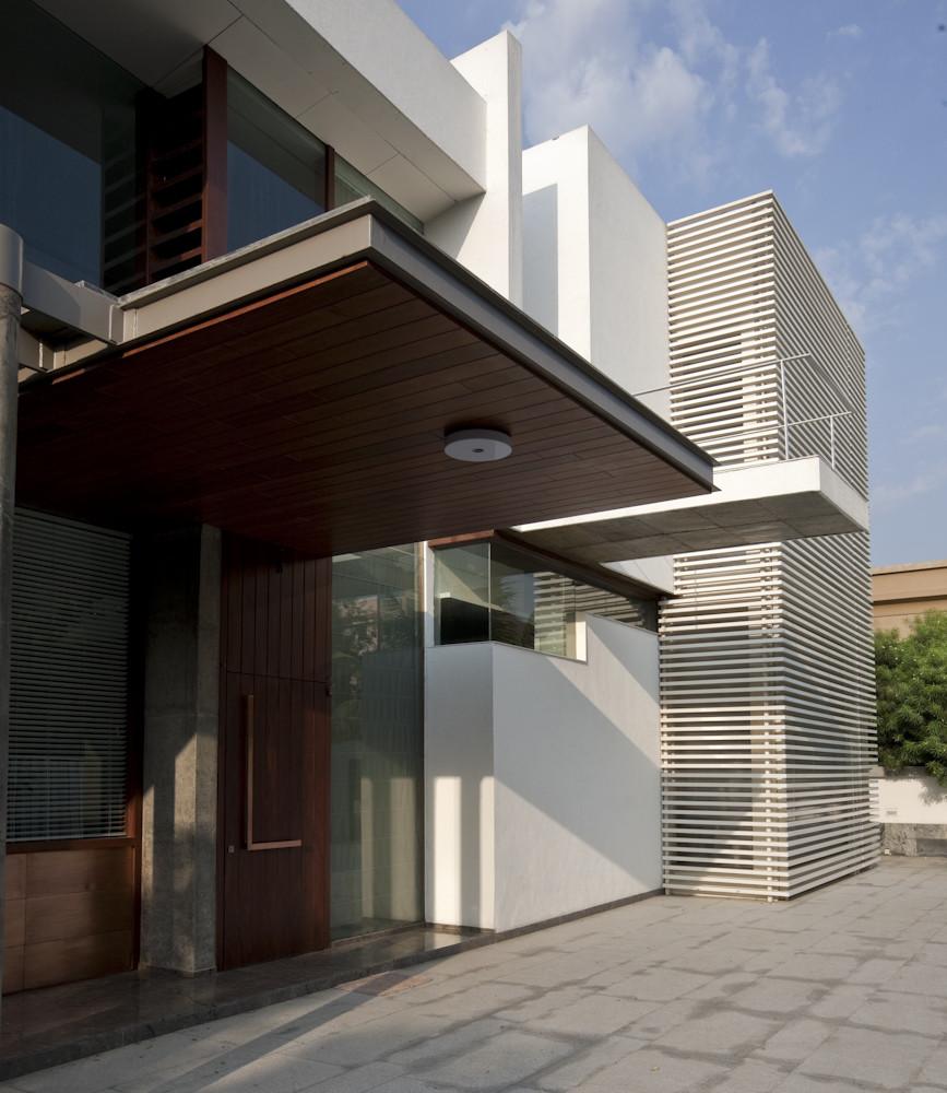 Cantilever House Design