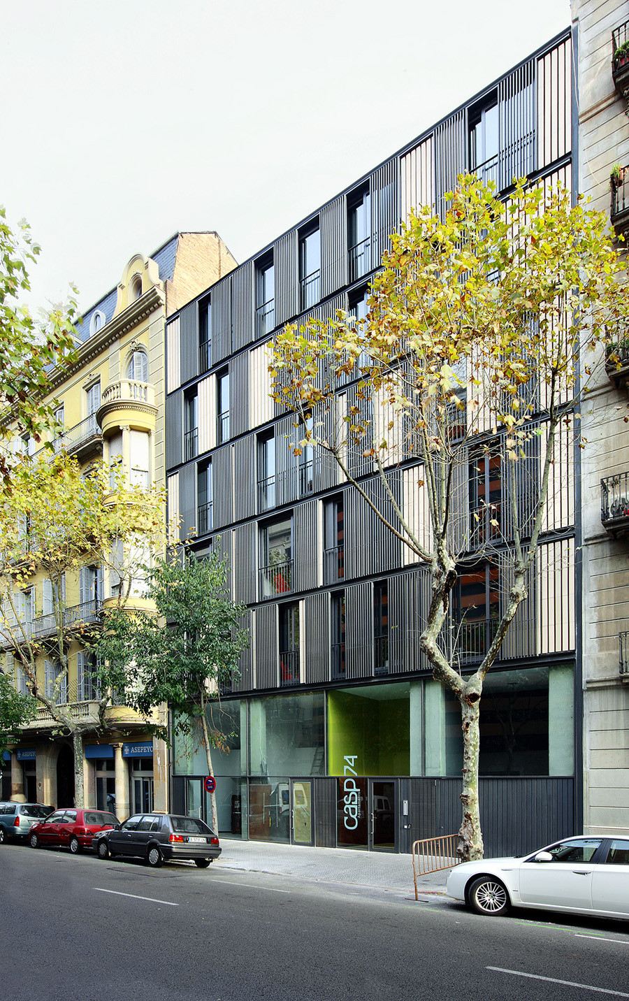 Apartment Building Casp 74 Bach Arquitectes - 6
