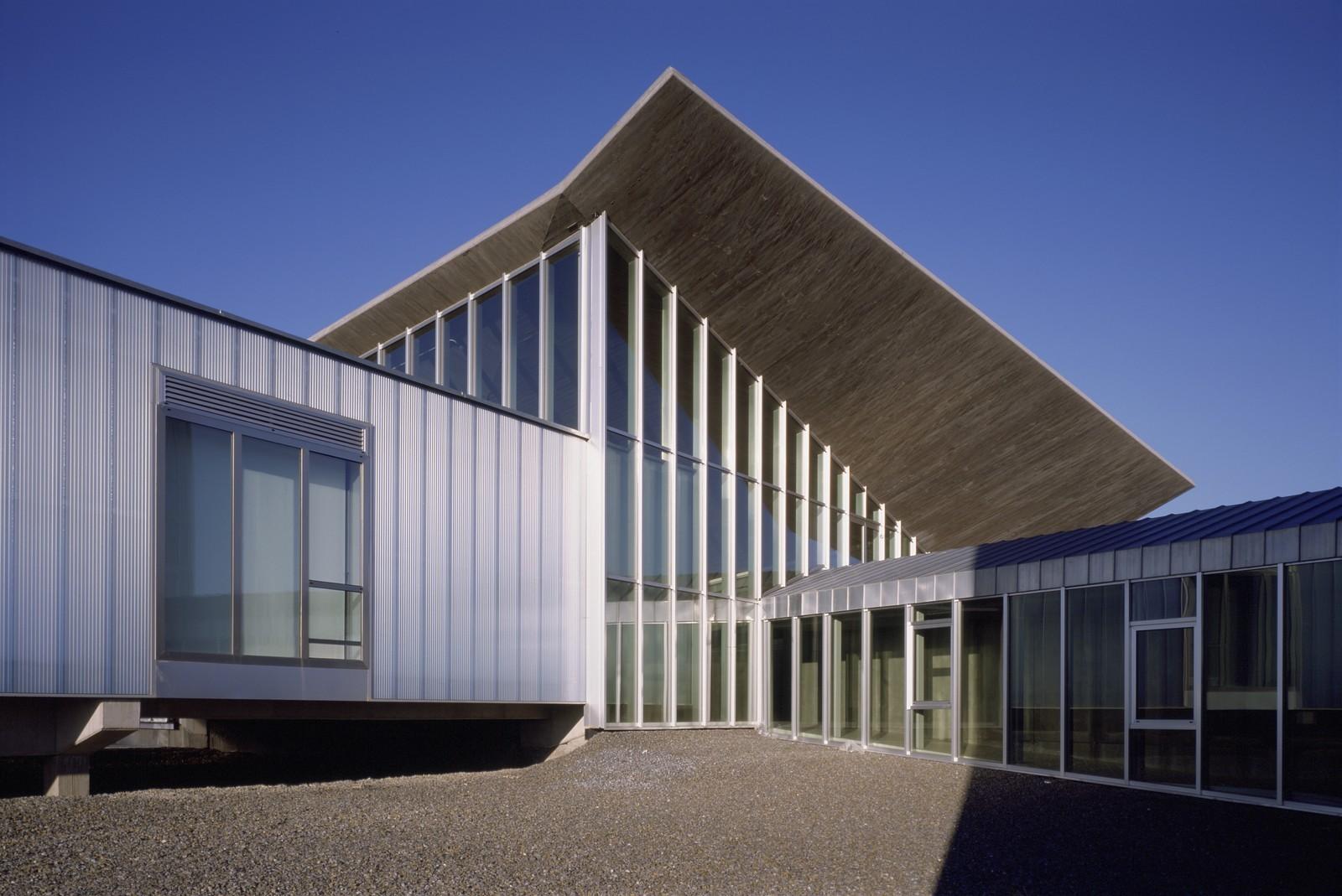 Edificio de Laboratorios CIALE  Canvas Arquitectos