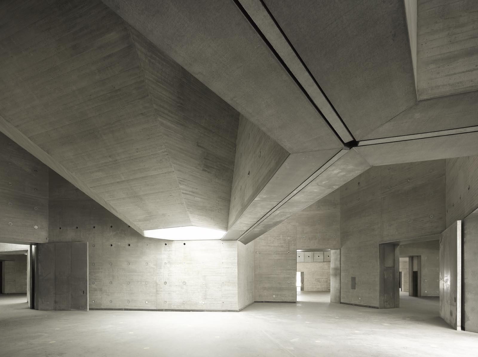 Contemporary Arts Center Rdoba Nieto