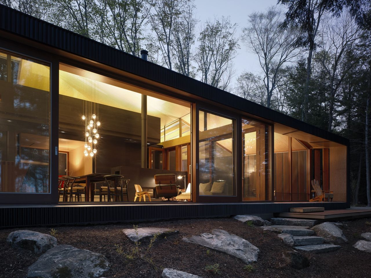 Small Modern Lake Cottage House Plans