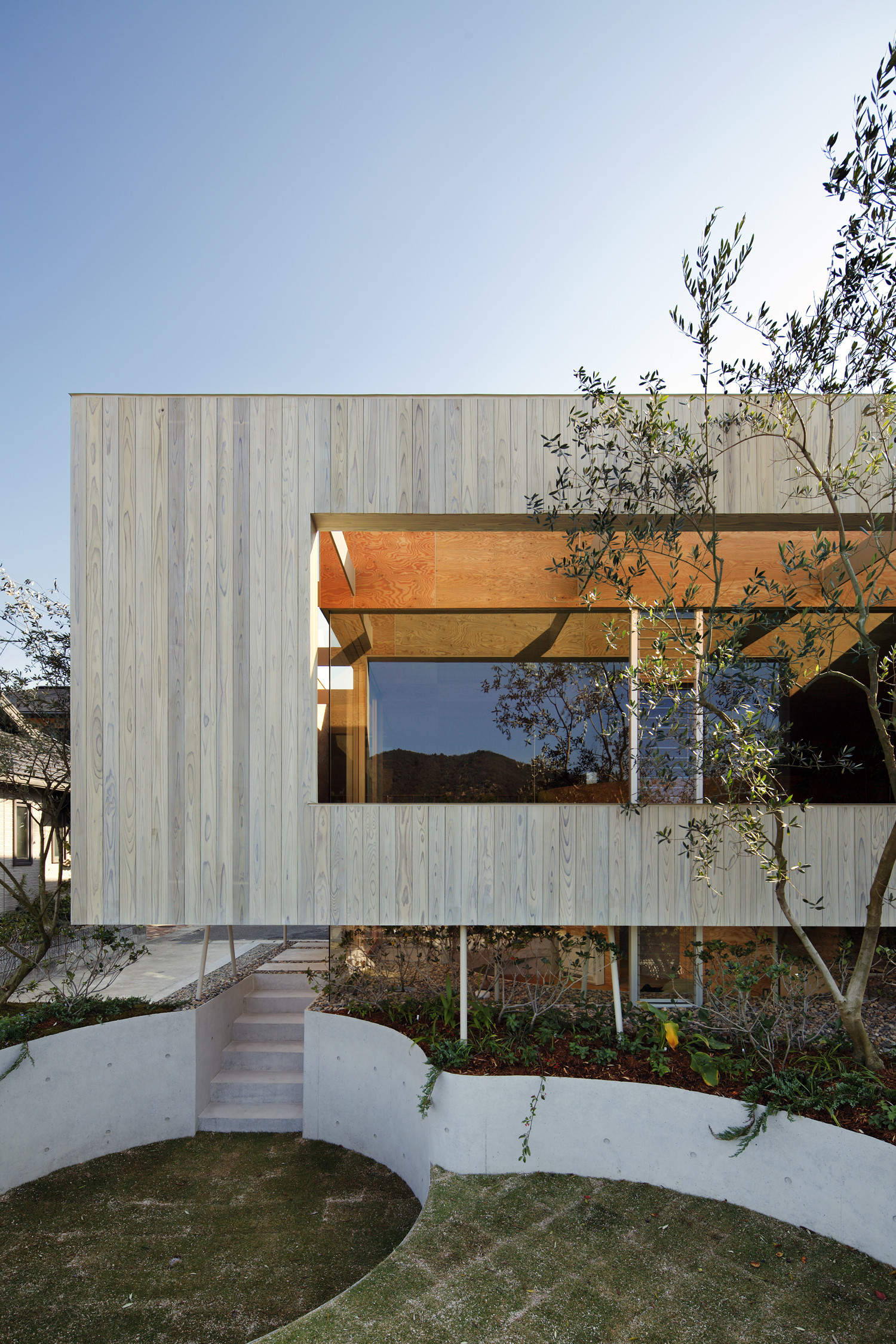 Gallery of Pit House  UID Architects  9
