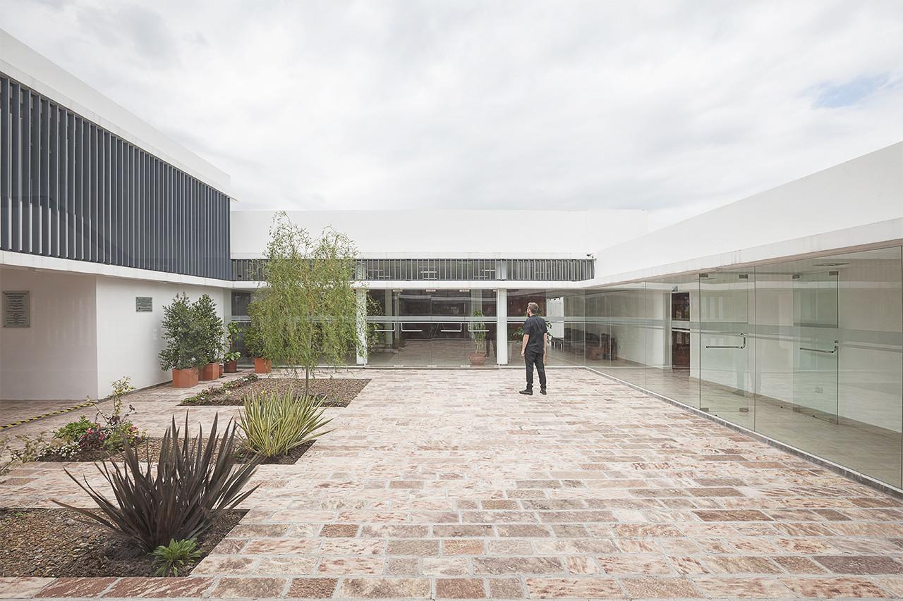 Colegio de Medicos de Salta  CCFGM  Plataforma Arquitectura