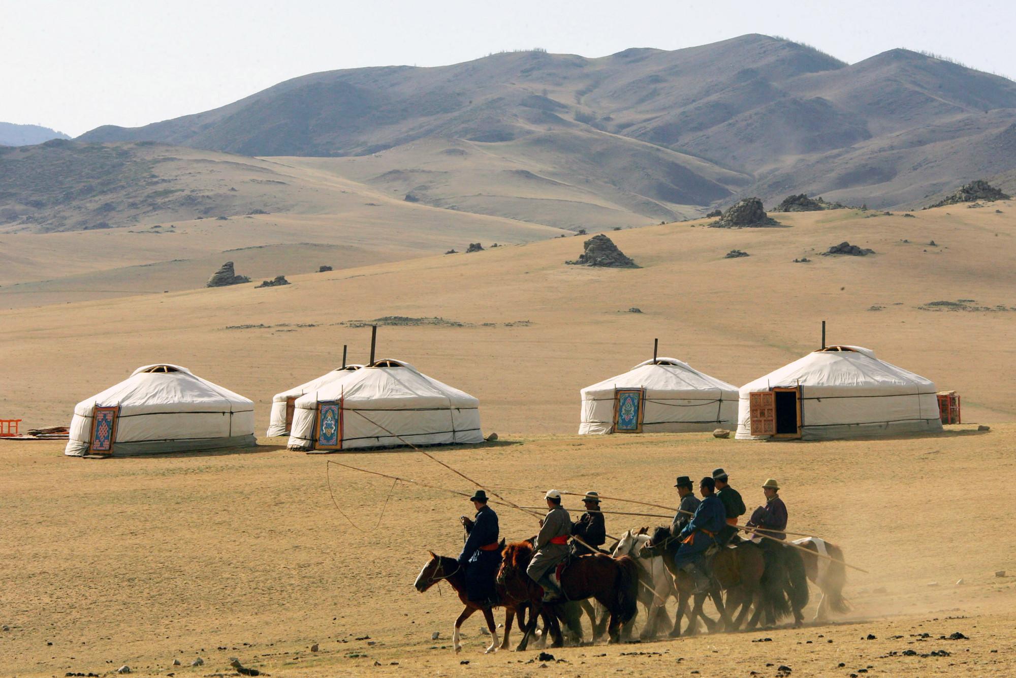 Arquitectura Verncula Yurtas Viviendas Nmades en Mongolia  Plataforma Arquitectura