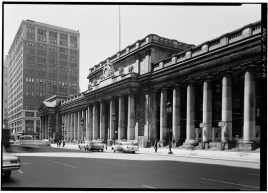 Facade from Northeast. Image © Cervin Robinson - Historic American Buildings Survey
