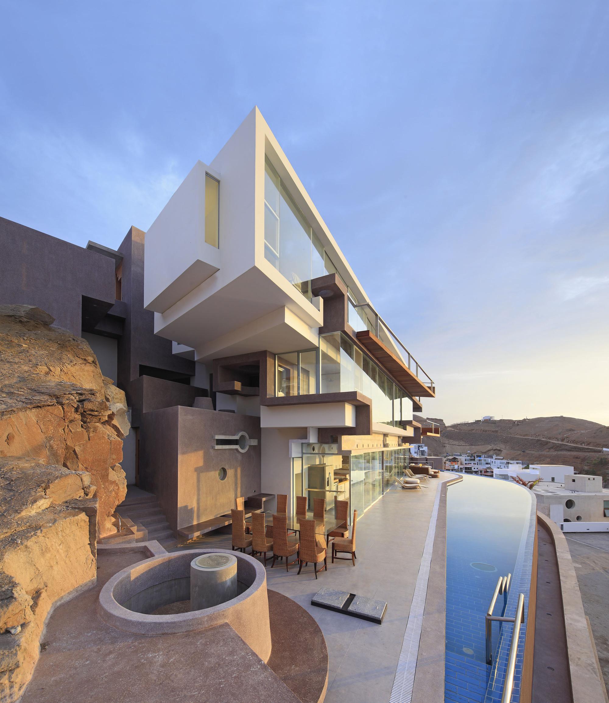 Lima-Peru Beach House