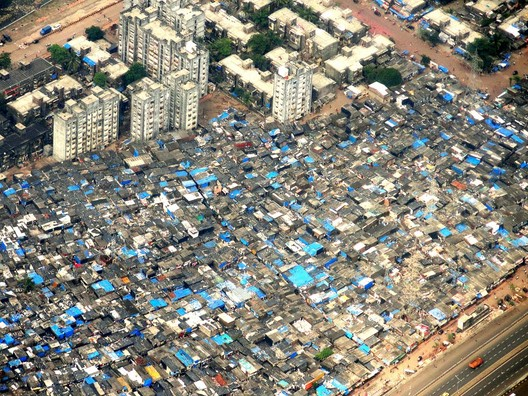 Via macacovelho.com.br. ImageDharavi, Bombaim - Índia