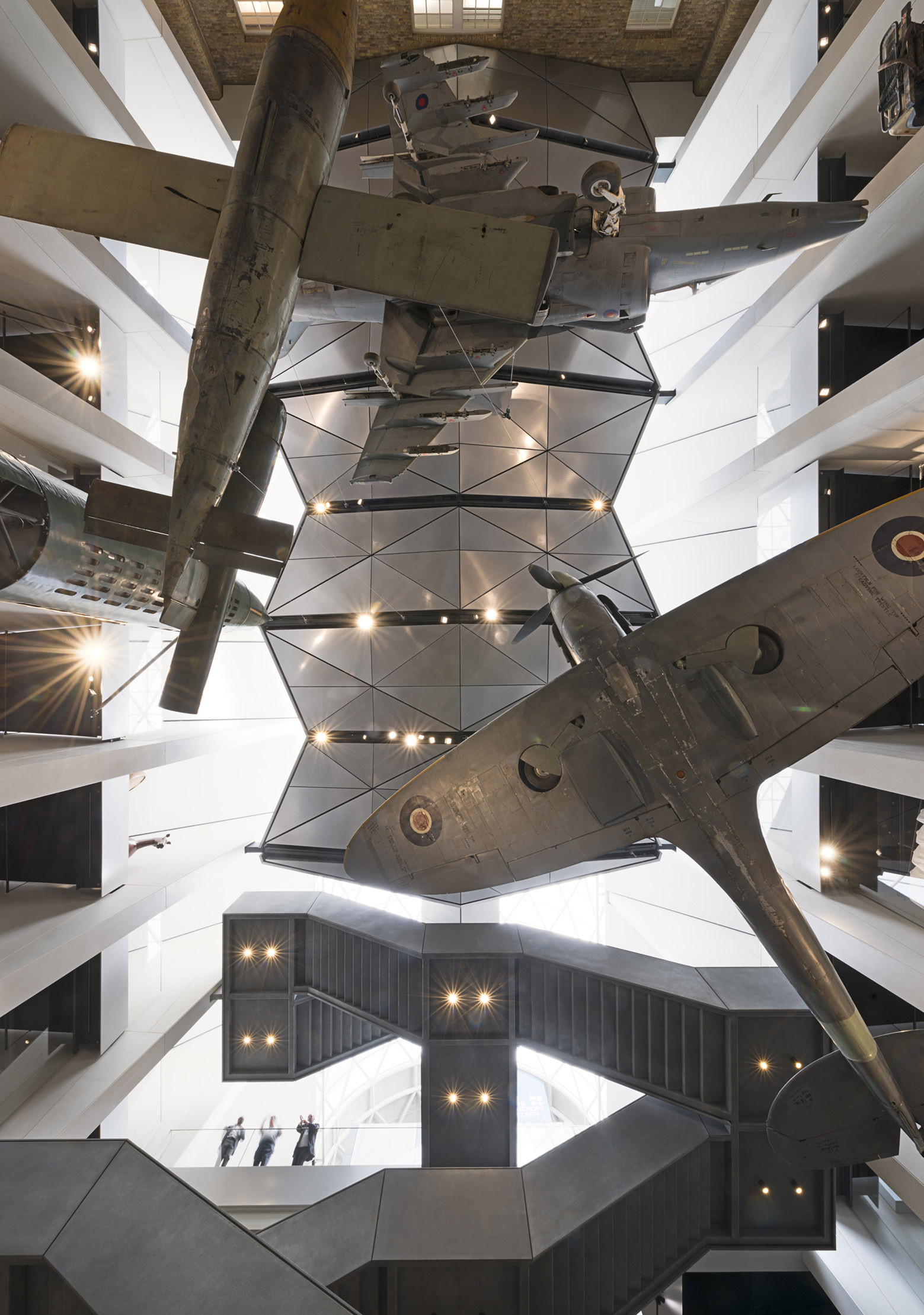 Imperial War Museum Foster Partners - 5
