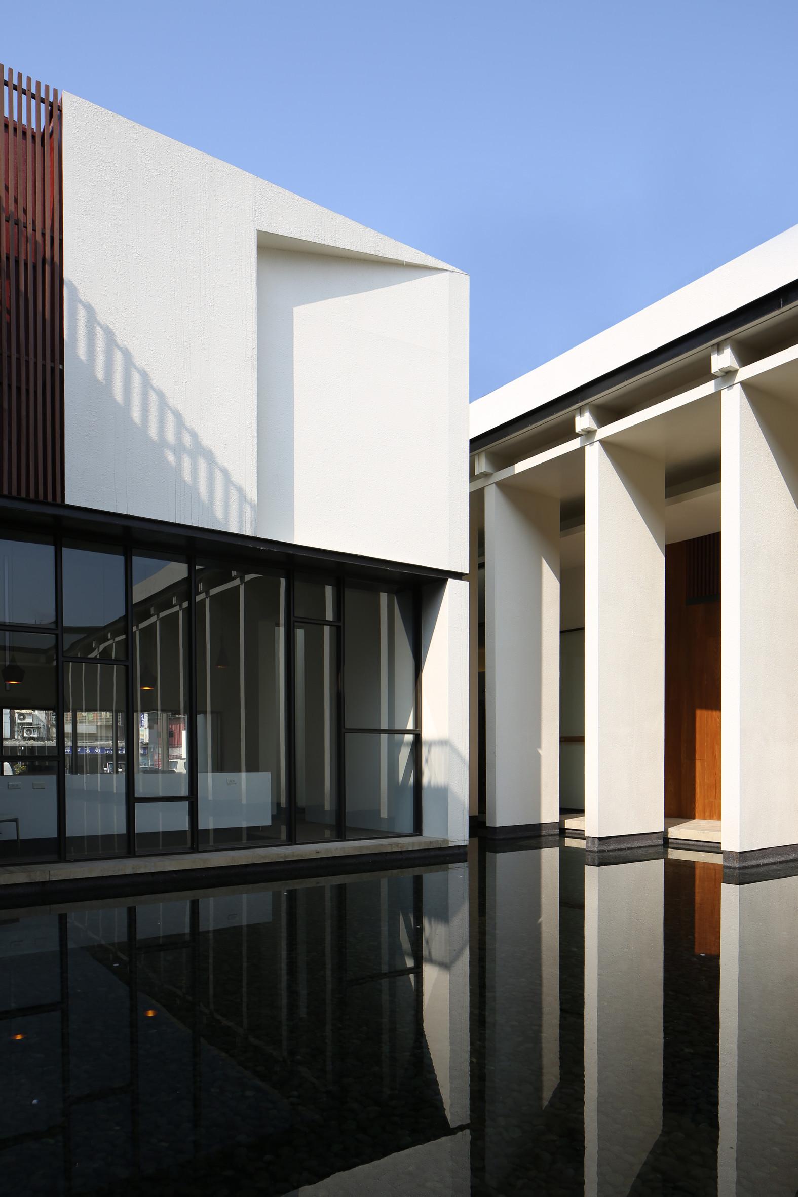Minimalist Architecture Design