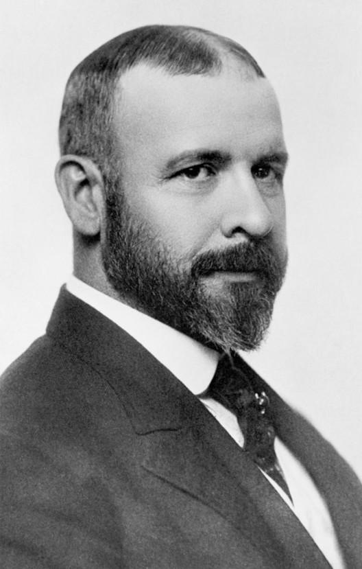 Louis Sullivan circa 1895. Image in public domain