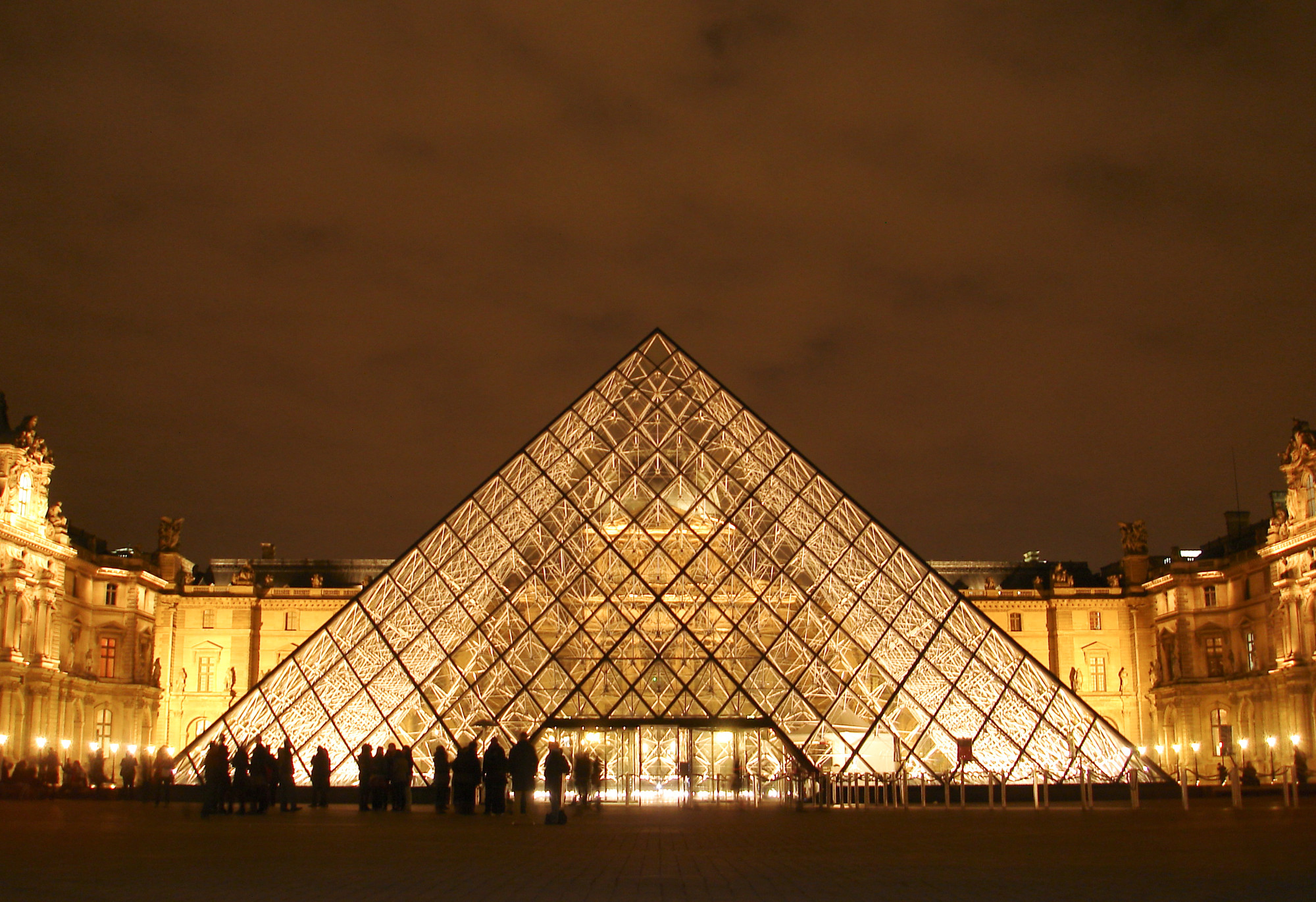 6 Modern Pyramids Show Timeless Geometry Stay Archdaily