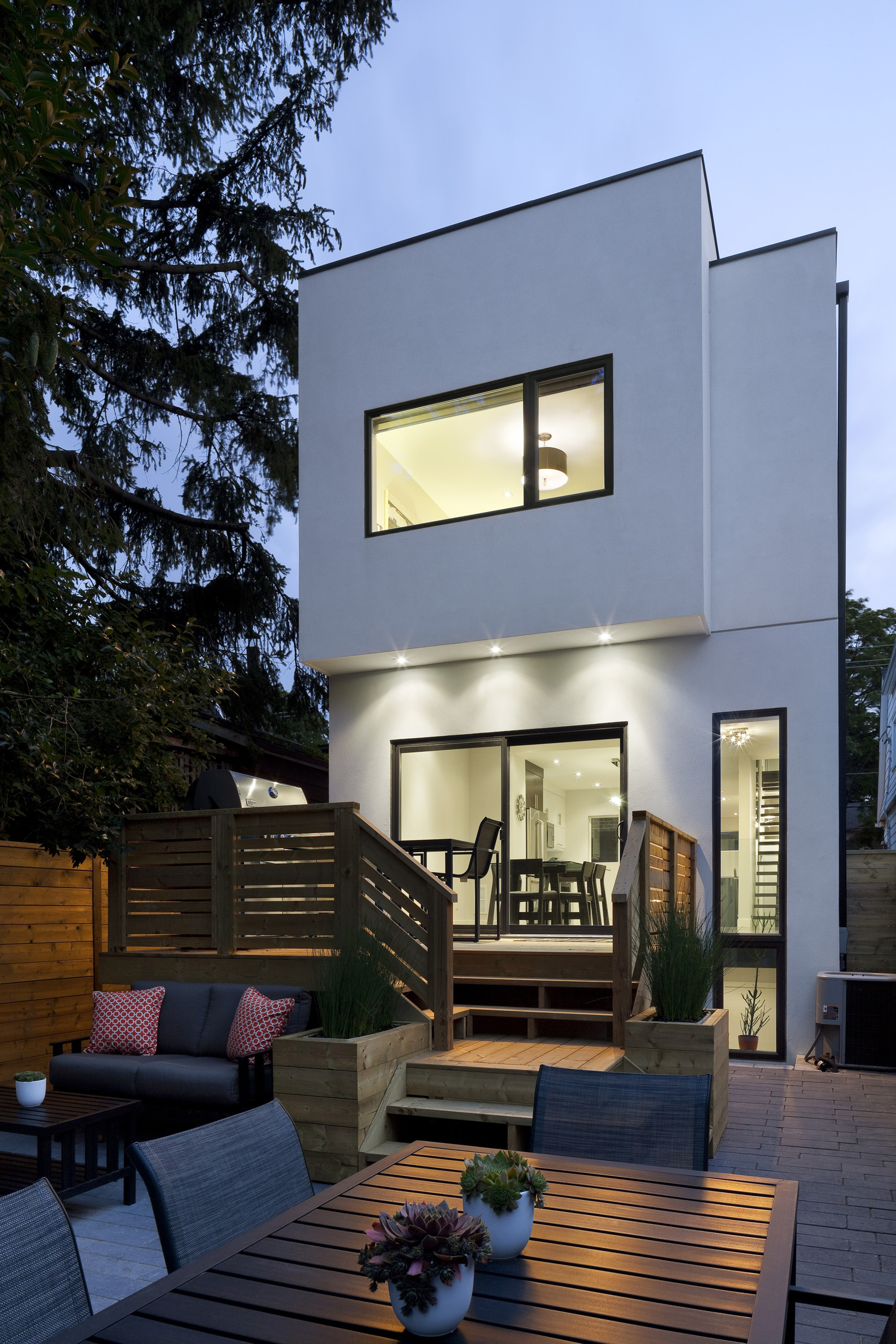 Linear House Green Dot Architects - 4