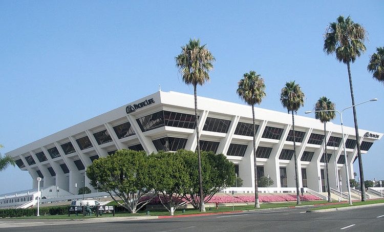 Pacific Life Headquarters, Newport Beach. Image © Wikimedia user Coolcaesar licensed under CC BY-SA 3.0