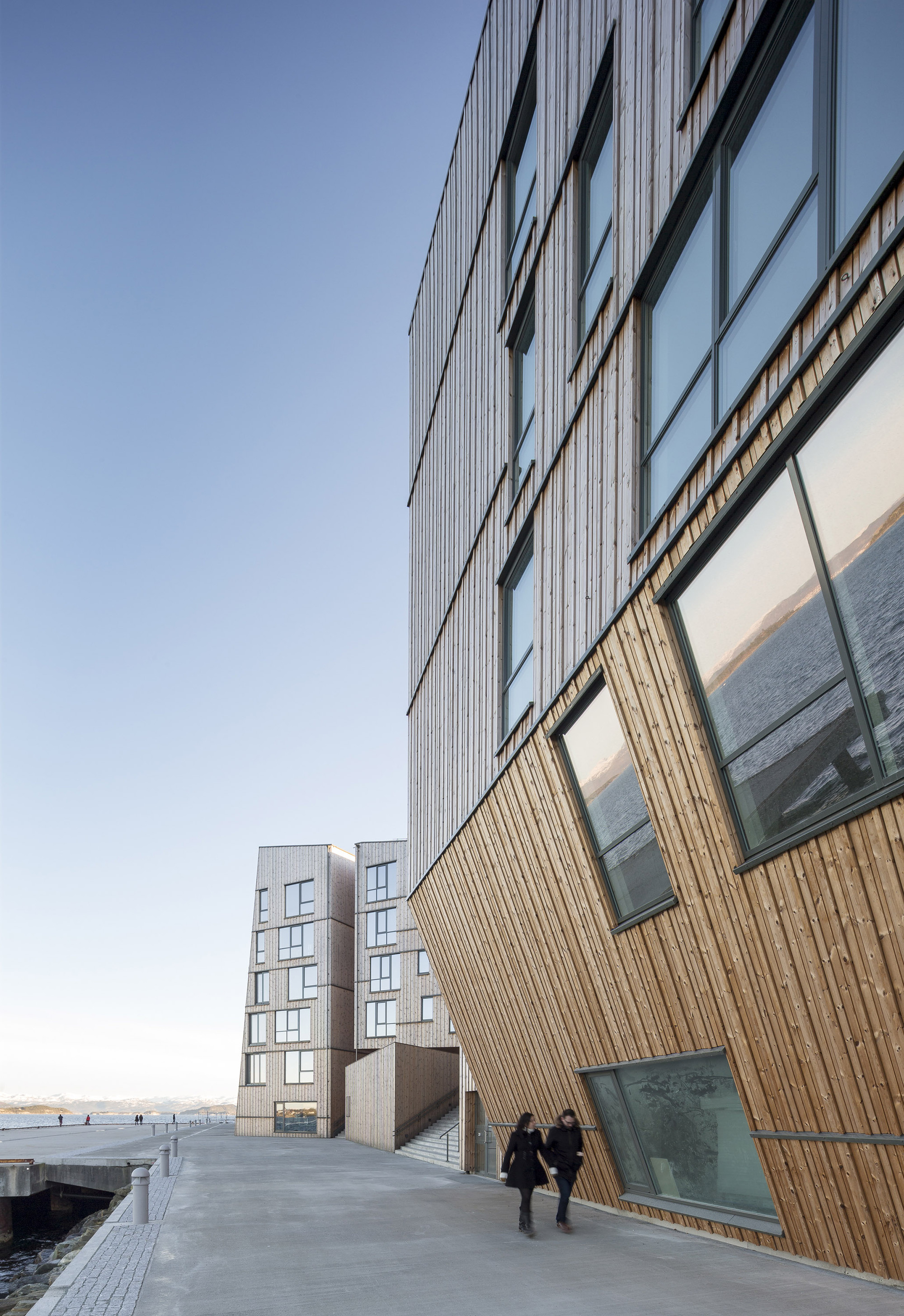 The Waterfront Aart Architects Kraftv 230 Rk Archdaily