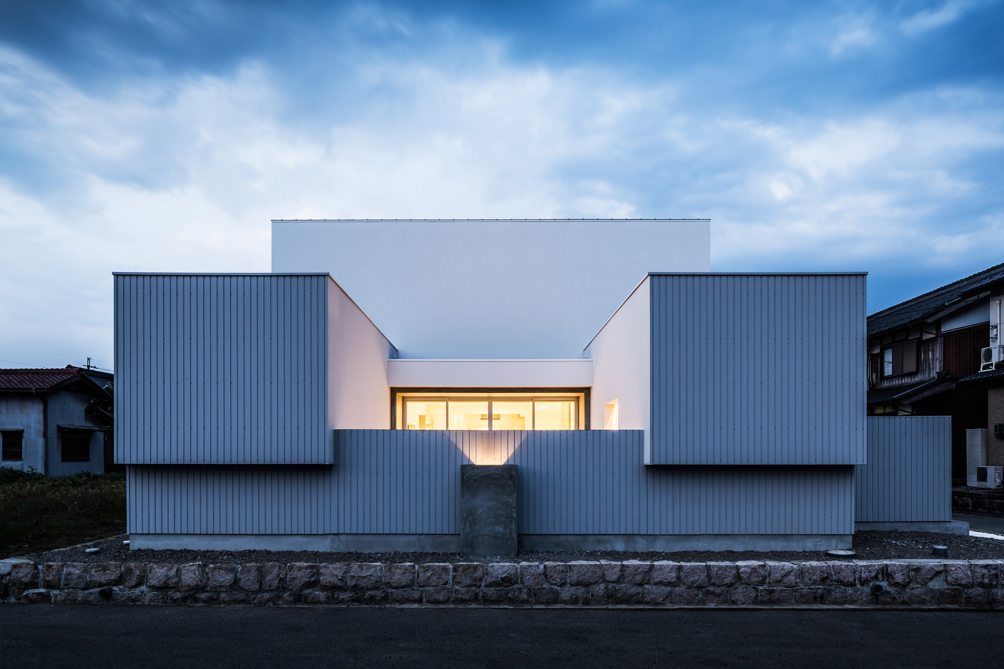 Courtyard House  FORM  Kouichi Kimura Architects  ArchDaily