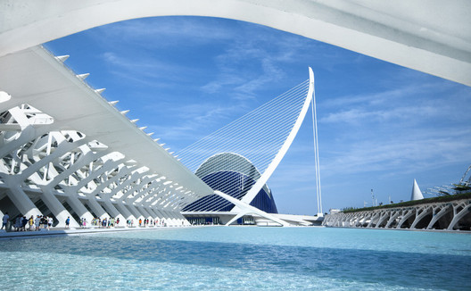 The City of Arts and Sciences of Valencia. Image © <a href='https://www.flickr.com/photos/timsnell/9153338448/in/photolist-eWRfC9-fVep9z'>Flickr user timsnell</a> licensed under <a href='http://https://creativecommons.org/licenses/by-nd/2.0/'>CC BY-ND 2.0</a>