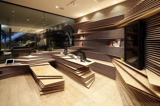 Shun Shoku Lounge by Guranavi. Image Courtesy of kengo kuma & associates