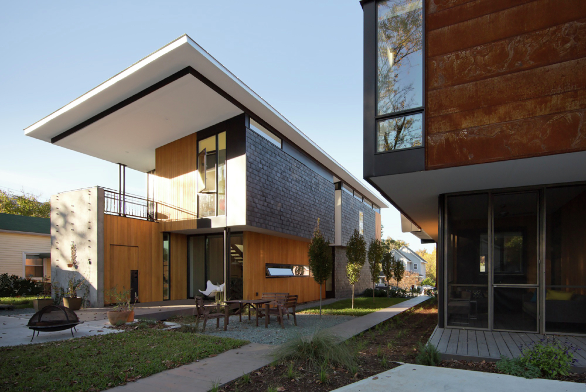 Compact Modern Duo The Raleigh Architecture Co Archdaily