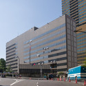 United States Embassy Building in Tokyo, 1976.. Image Courtesy of Wikipedia User: Rs1421 licensed under CC BY-SA 3.0