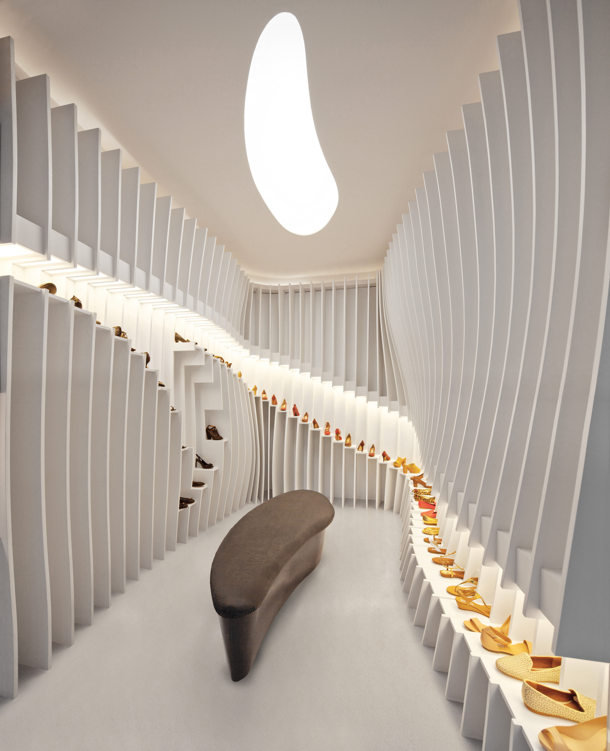 'importance Of Walking' Store Praxis 'architecture Archdaily