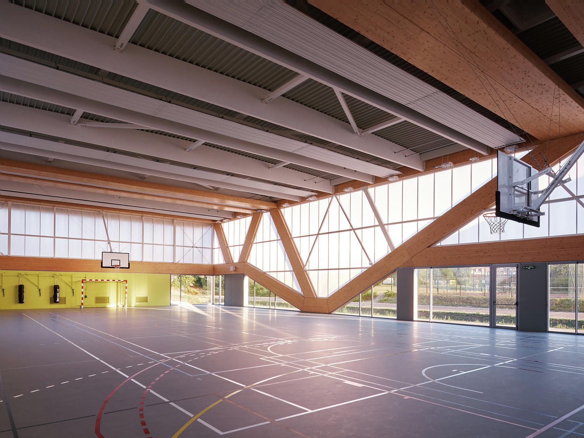 Nathalie Mauclair Gymnasium  SCHEMAA  ArchDaily