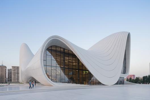 Heydar Aliyev Center, Baku, Azerbaijan. Image © Iwan Baan