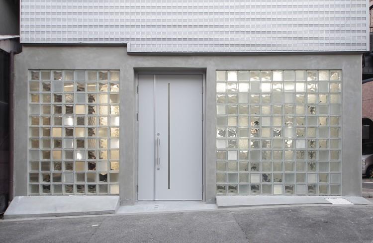 Glass Art Gallery  Residence  Jun Murata  ArchDaily