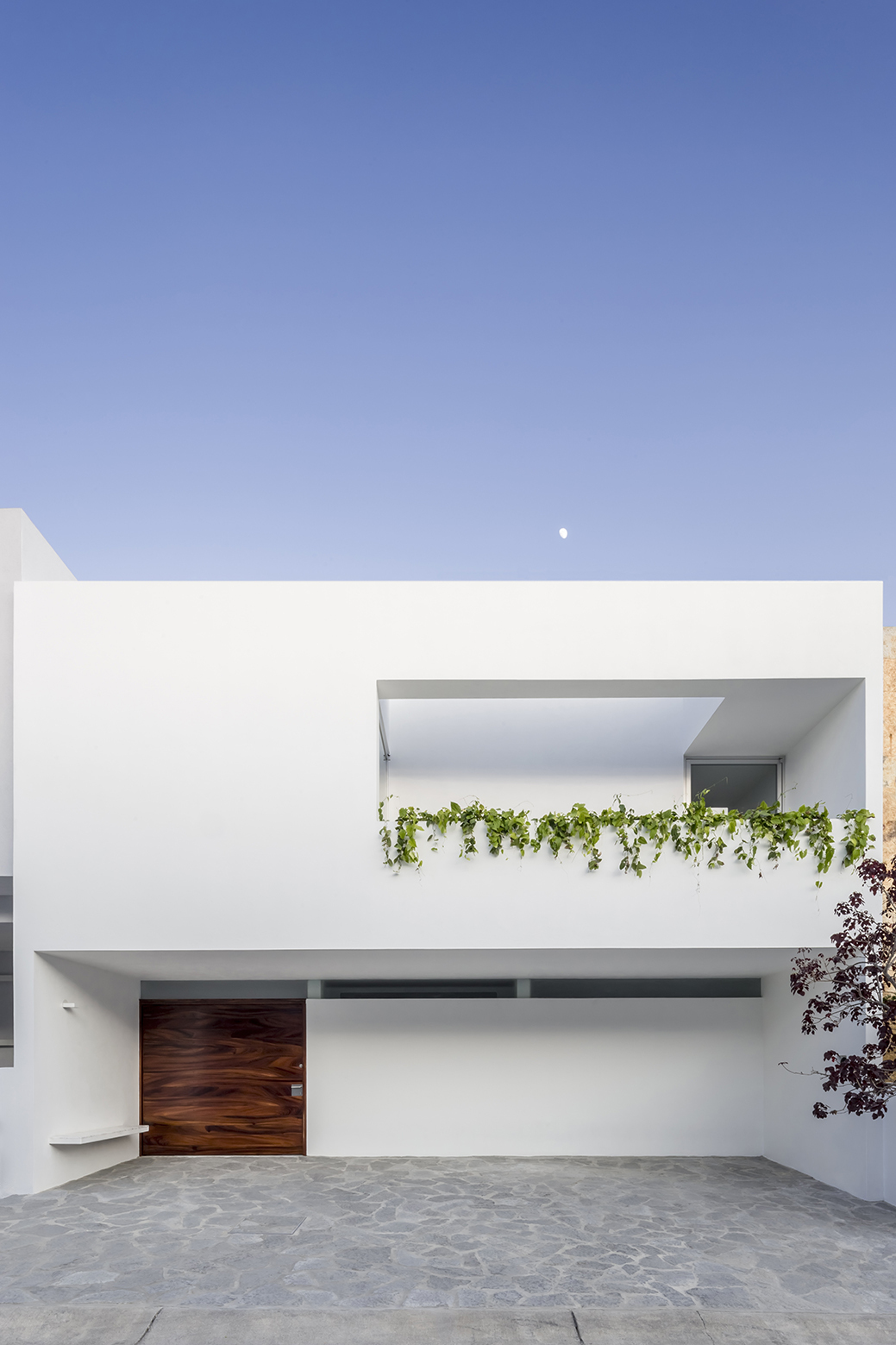 Gallery Of V House Cotaparedes Arquitectos 22
